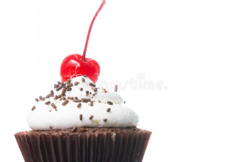 Απομόνωση βελούδου cupcakes στοκ εικόνες με δικαίωμα ελεύθερης χρήσης