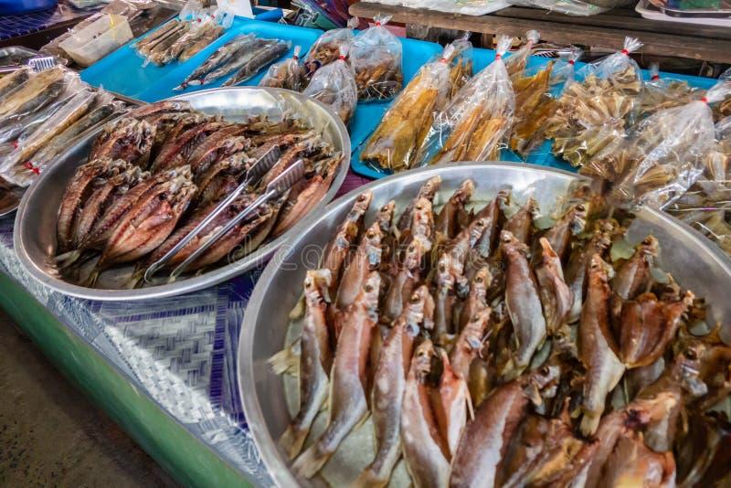 Αποξηραμένα ψάρια στην αγορά στην Ταϊλάνδη στοκ φωτογραφία με δικαίωμα ελεύθερης χρήσης