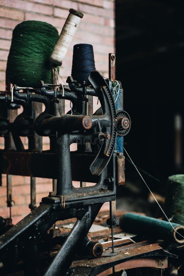 Απορριμμένος βιομηχανικός εξοπλισμός - εγκαταλειμμένος μύλος μεταξιού δαντελλών Scranton - Scranton, Πενσυλβανία στοκ φωτογραφίες με δικαίωμα ελεύθερης χρήσης