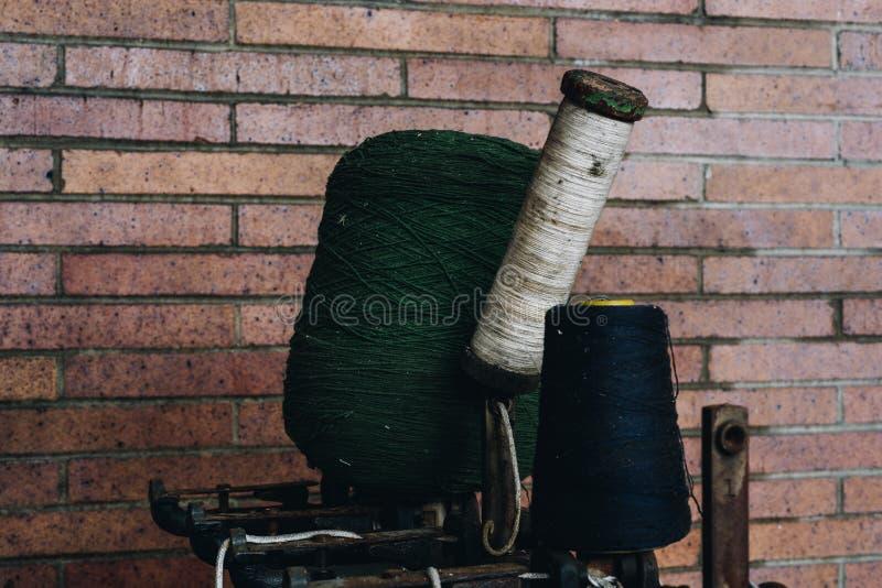 Απορριμμένος βιομηχανικός εξοπλισμός - εγκαταλειμμένος μύλος μεταξιού δαντελλών Scranton - Scranton, Πενσυλβανία στοκ εικόνα με δικαίωμα ελεύθερης χρήσης