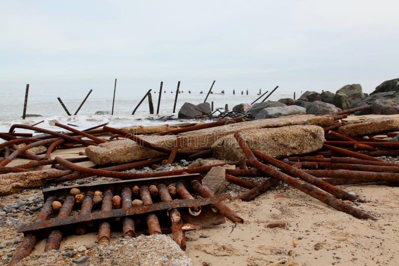 Αποτυχημένες υπερασπίσεις στην ακτή του Norfolk στοκ εικόνες με δικαίωμα ελεύθερης χρήσης