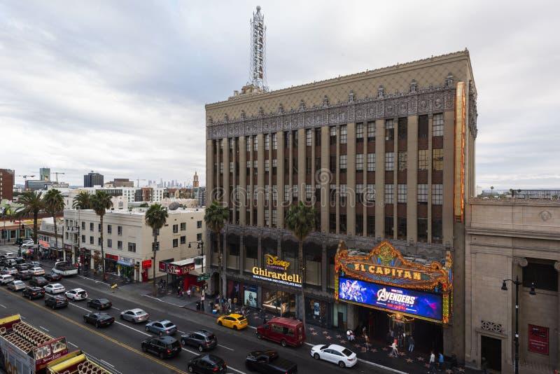 28 Απριλίου 2019 - Λος Άντζελες, Καλιφόρνια, ΗΠΑ: Πίνακας διαφημίσεων Endgame εκδηκητών έξω από το θέατρο EL Capitan, Hollywood,  στοκ φωτογραφία