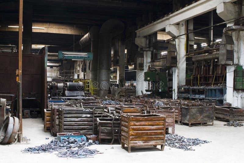 απόρριμα μετάλλων εμπορευματοκιβωτίων στοκ εικόνα