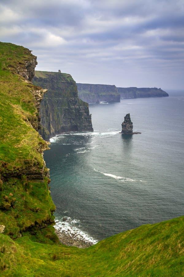 απότομοι βράχοι Ιρλανδία moher στοκ εικόνα με δικαίωμα ελεύθερης χρήσης