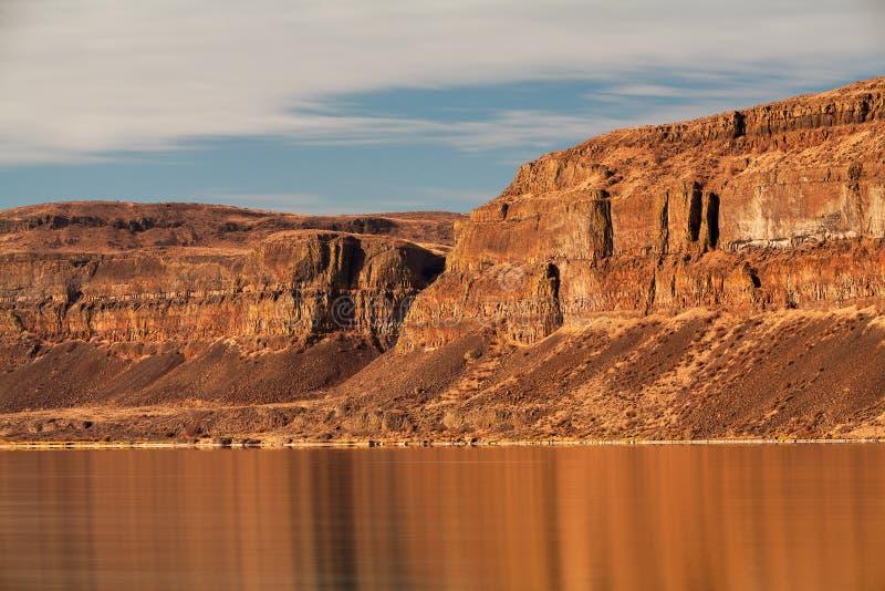 Απότομοι βράχοι μεγάλου Coulee στο πολιτεία της Washington στοκ φωτογραφίες
