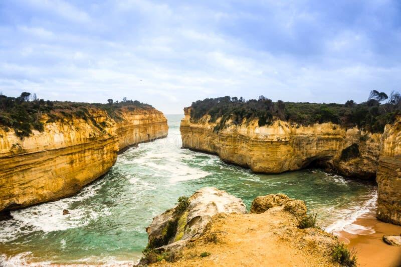 Απότομοι βράχοι της Νότιας Αυστραλίας, Βικτώρια, μεγάλος ωκεάνιος δρόμος στοκ εικόνες