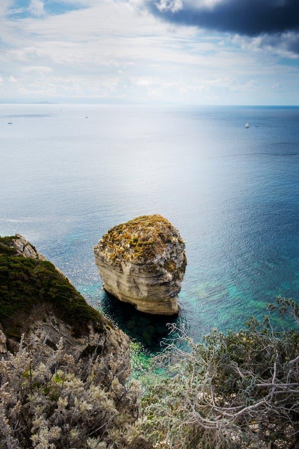 Απότομοι βράχοι Bonifacio, στη Κορσική, Γαλλία στοκ φωτογραφίες