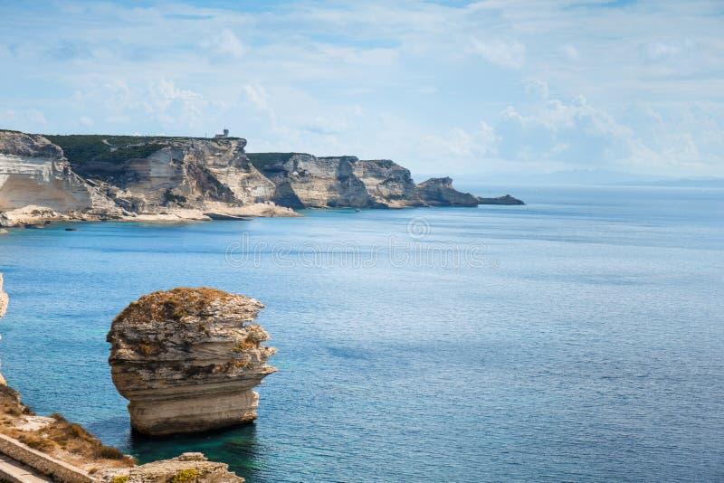 Απότομοι βράχοι Bonifacio, στη Κορσική, Γαλλία στοκ εικόνα