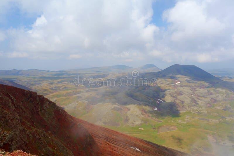 Απόψεις από την κορυφή του ηφαιστείου Azhdahak στα βουνά Geghama, Αρμενία στοκ φωτογραφίες με δικαίωμα ελεύθερης χρήσης