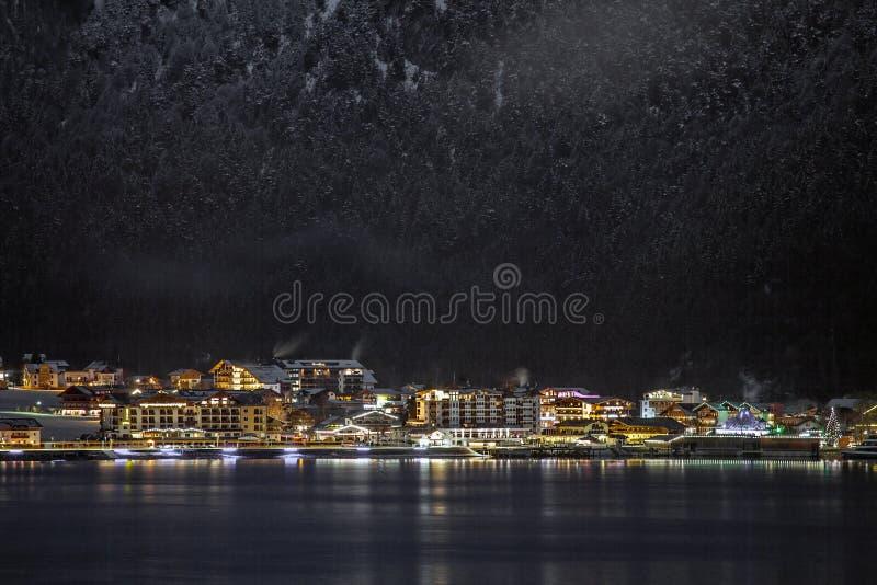 Απόψεις νύχτας Achensee και Pertisau από Maurach, Αυστρία στοκ φωτογραφίες με δικαίωμα ελεύθερης χρήσης