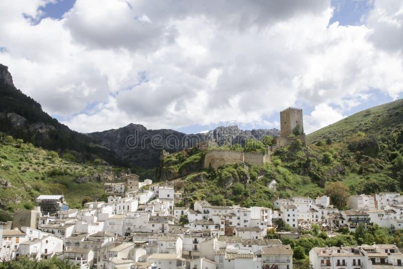 Απόψεις του δήμου Cazorla και του κάστρου του στην επαρχία του Jae'n, Ανδαλουσία στοκ φωτογραφία με δικαίωμα ελεύθερης χρήσης