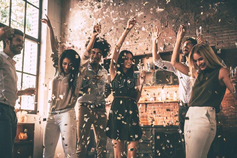 Απόλαυση του δροσερού κόμματος στοκ φωτογραφία με δικαίωμα ελεύθερης χρήσης