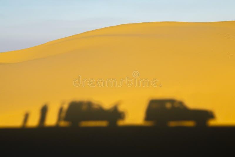 αραβικό σαφάρι εμιράτων ερήμων που ενώνεται στοκ εικόνα με δικαίωμα ελεύθερης χρήσης