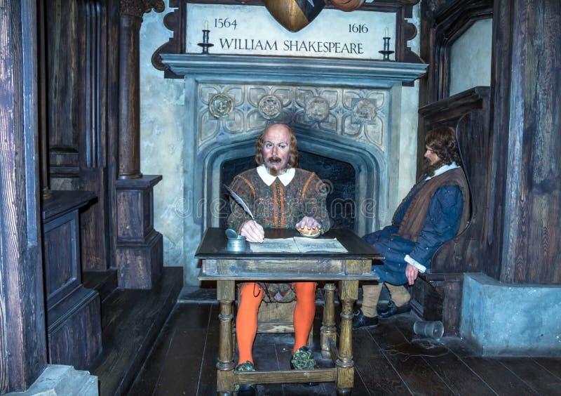 Αριθμός κεριών του παγκοσμίως διάσημου βρετανικού συγγραφέα William Shakespeare στο μουσείο της κυρίας Tussauds Λονδίνο στοκ εικόνες