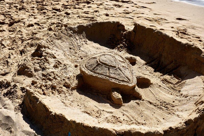 """Αριθμός χελωνών γλυπτός με την άμμο στην παραλία χελωνών ahu του Ο """", Χαβάη στοκ φωτογραφίες με δικαίωμα ελεύθερης χρήσης"""
