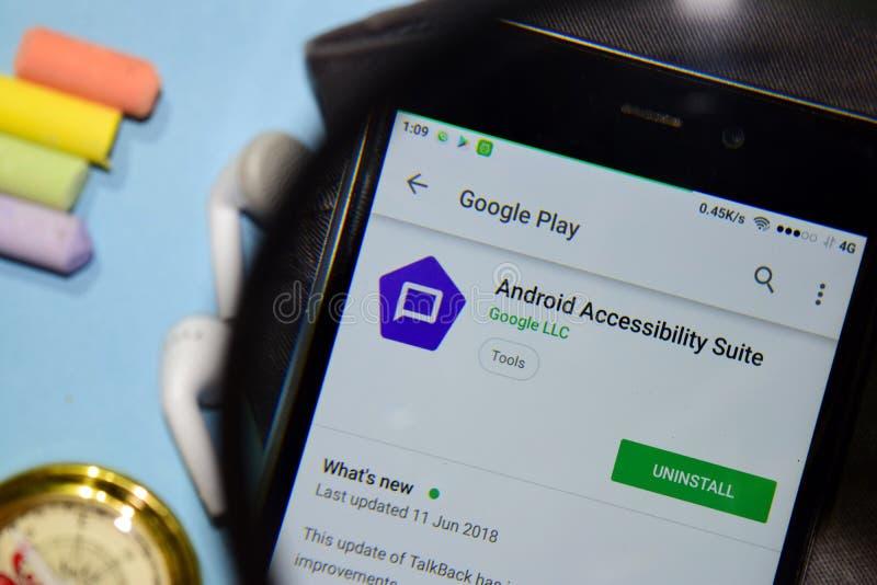 Αρρενωπή ακολουθία dev app δυνατότητας πρόσβασης με την ενίσχυση στην οθόνη Smartphone στοκ εικόνα