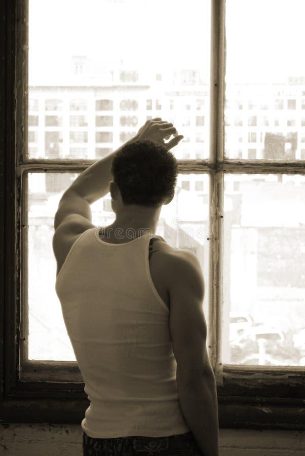 αρσενικές νεολαίες παρ&al στοκ φωτογραφία με δικαίωμα ελεύθερης χρήσης
