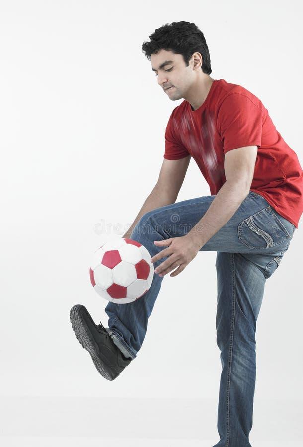 αρσενικές νεολαίες ποδοσφαιριστών στοκ φωτογραφία με δικαίωμα ελεύθερης χρήσης