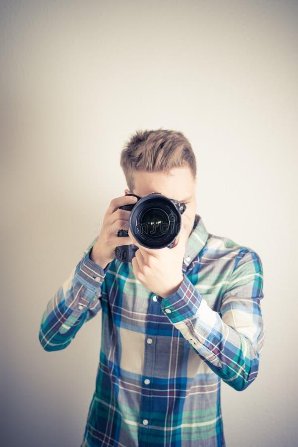 αρσενικός φωτογράφος στοκ εικόνα