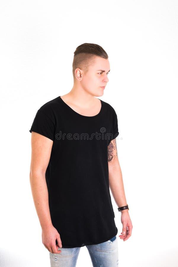 Αρσενικό πορτρέτο στην μπλούζα στοκ εικόνες με δικαίωμα ελεύθερης χρήσης