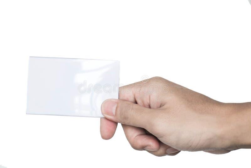 Αρσενικό χέρι που κρατά τη λαμπρή κενή κάρτα στοκ φωτογραφία με δικαίωμα ελεύθερης χρήσης