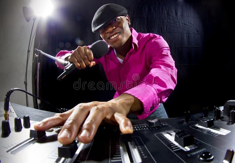 Αρσενικό DJ στοκ εικόνες με δικαίωμα ελεύθερης χρήσης