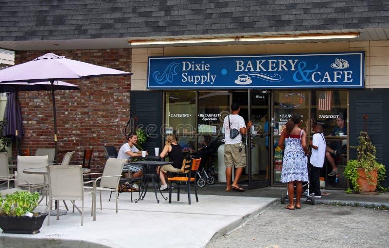 Αρτοποιείο και καφές ανεφοδιασμού Dixie στο Τσάρλεστον στοκ εικόνα με δικαίωμα ελεύθερης χρήσης