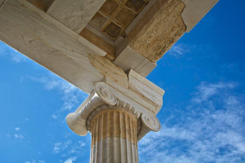 αρχαία αρχιτεκτονική ελληνικά στοκ εικόνα με δικαίωμα ελεύθερης χρήσης