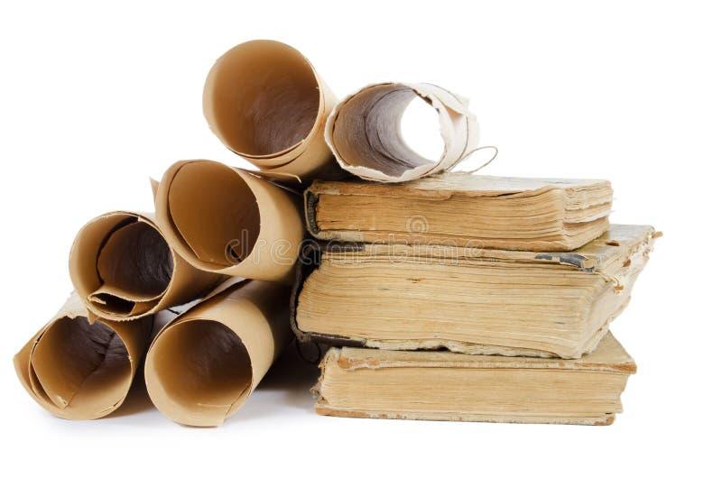 αρχαία βιβλία πολλοί παλαιοί κύλινδροι στοκ φωτογραφίες