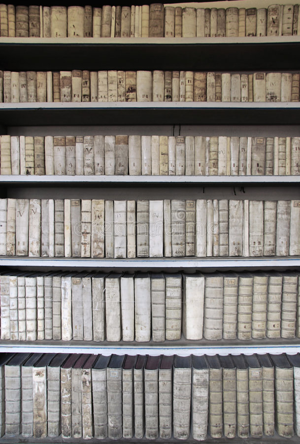 αρχαία βιβλιοθήκη στοκ εικόνες