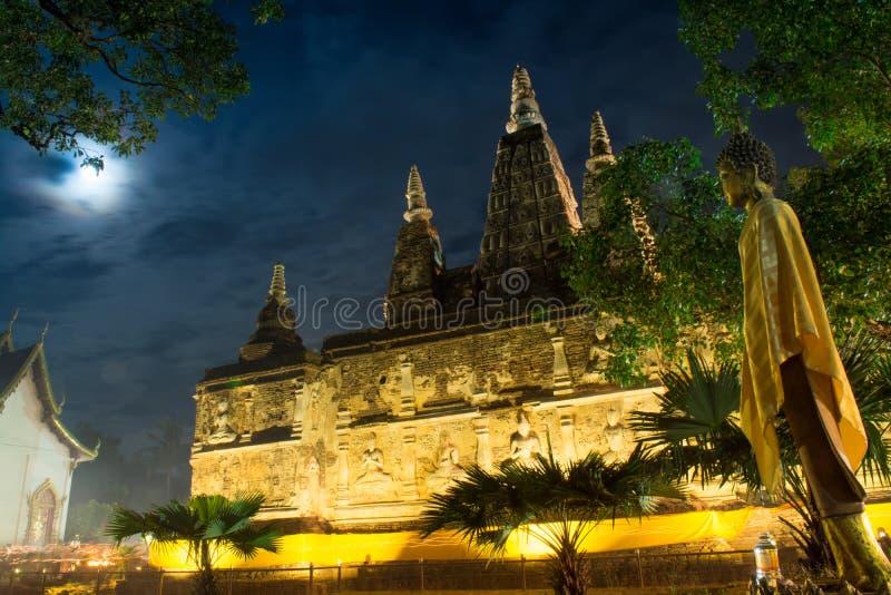 Αρχαία βουδιστική αρχιτεκτονική σε Chiangmai, Ταϊλάνδη (Wat Jed Yo στοκ εικόνες με δικαίωμα ελεύθερης χρήσης