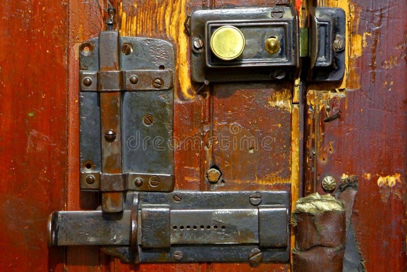 Αρχαία κλειδαριά πορτών στοκ φωτογραφία με δικαίωμα ελεύθερης χρήσης