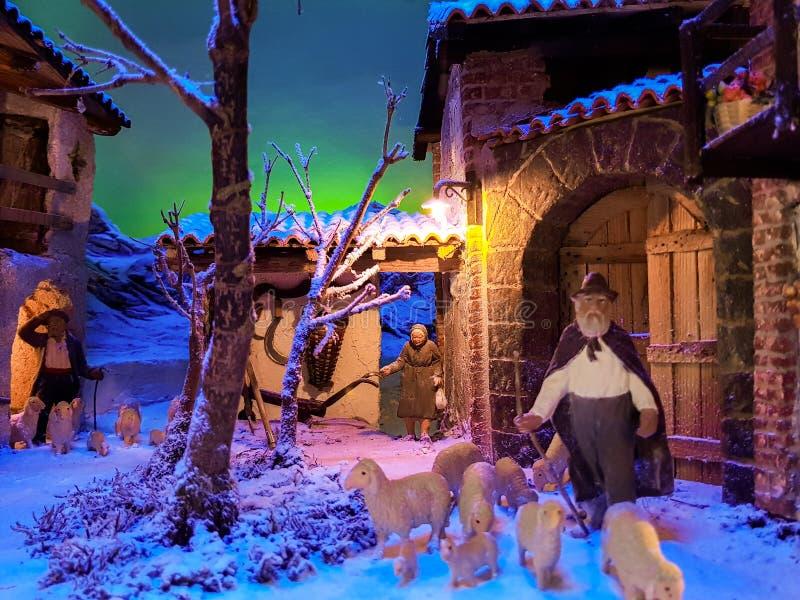 Αρχαία παράδοση κατασκευής του παχνιού κατά τη διάρκεια του holida Χριστουγέννων στοκ φωτογραφία