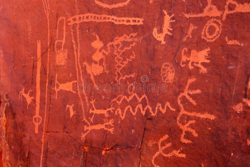 αρχαία petroglyphs της Νεβάδας πυρ&kapp στοκ εικόνα με δικαίωμα ελεύθερης χρήσης