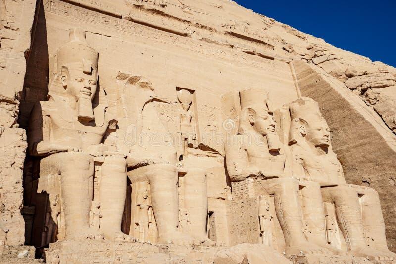 Αρχαίες καταστροφές του ναού Abu Simbel σε Aswan Αίγυπτος στα σύνορα με το Σουδάν στοκ φωτογραφία με δικαίωμα ελεύθερης χρήσης