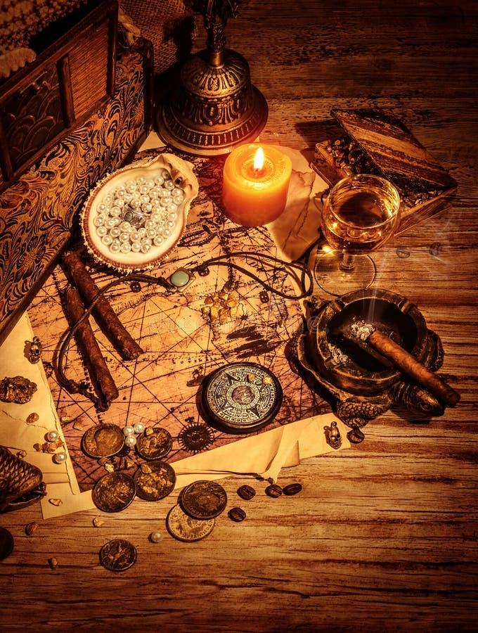 Αρχαίοι θησαυροί στοκ εικόνες