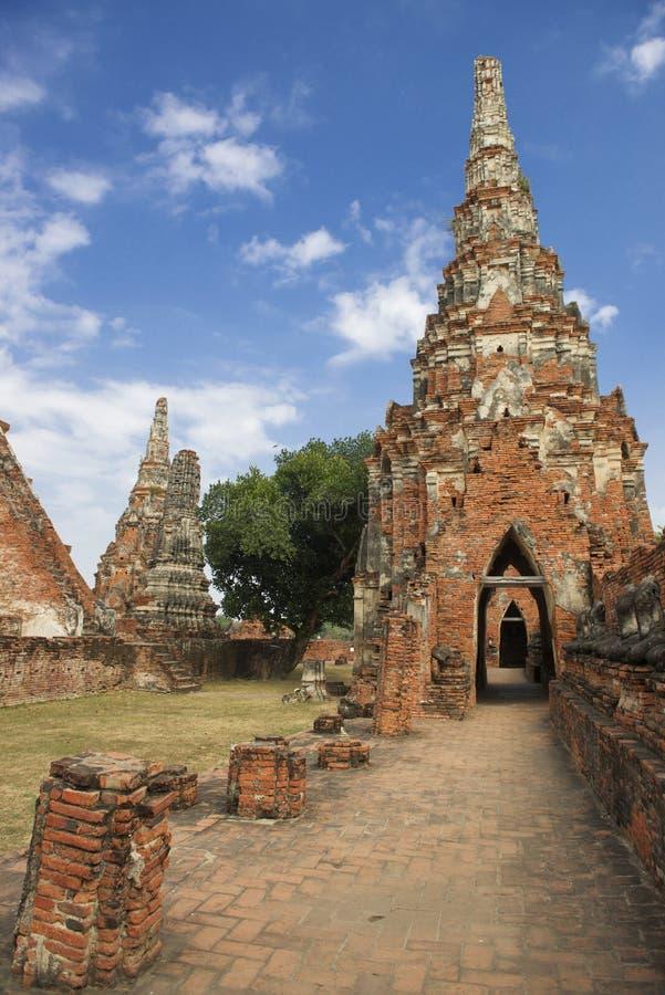 Αρχαίος στο ναό Chiwattanaram, Ταϊλάνδη στοκ φωτογραφία