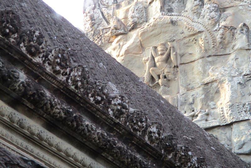 Αρχαίο άγαλμα του ινδού Θεού Hanuman στο ναό Banteay Srey στην περιοχή Angkor, Καμπότζη Το Banteay Srey είναι καμποτζιανός ναός στοκ εικόνες