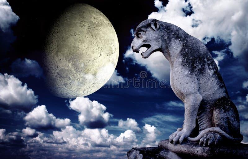 Αρχαίο άγαλμα λιονταριών και φωτεινό φεγγάρι στο νυχτερινό ουρανό διανυσματική απεικόνιση