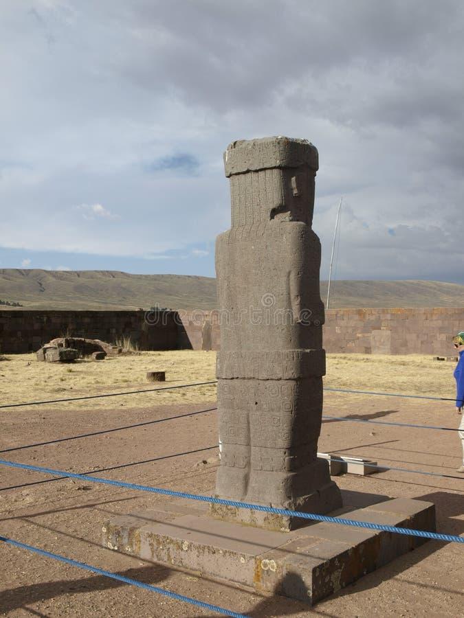 Αρχαίο γλυπτό στις αρχαίες καταστροφές της Βολιβίας στοκ εικόνα