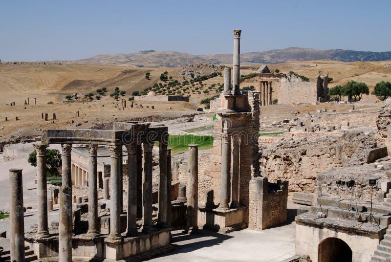 Αρχαίο θέατρο σε Dougga (ή Thugga), Τυνησία στοκ εικόνες με δικαίωμα ελεύθερης χρήσης