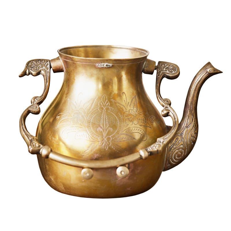 Αρχαίο ινδικό teapot χαλκού με τα σχέδια στοκ φωτογραφία με δικαίωμα ελεύθερης χρήσης