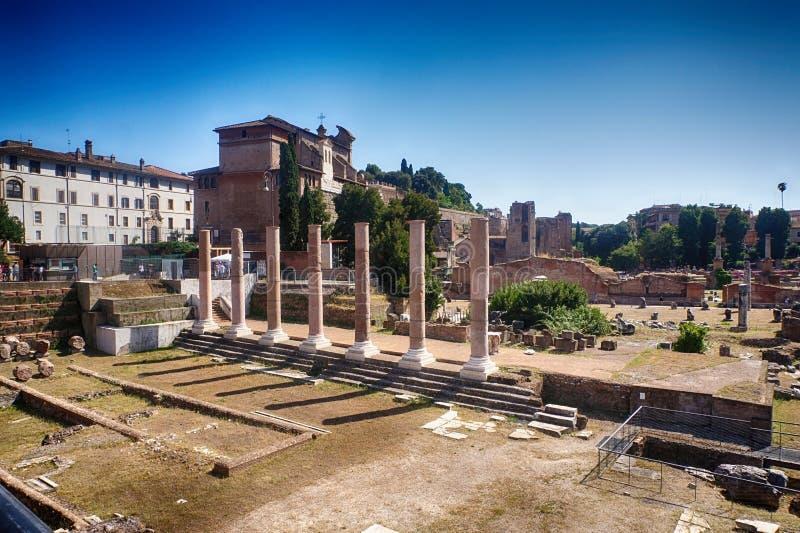 Αρχαίο κέντρο του παλαιού φόρουμ Romanum της Ρώμης Ρώμη, Ιταλία στοκ φωτογραφίες