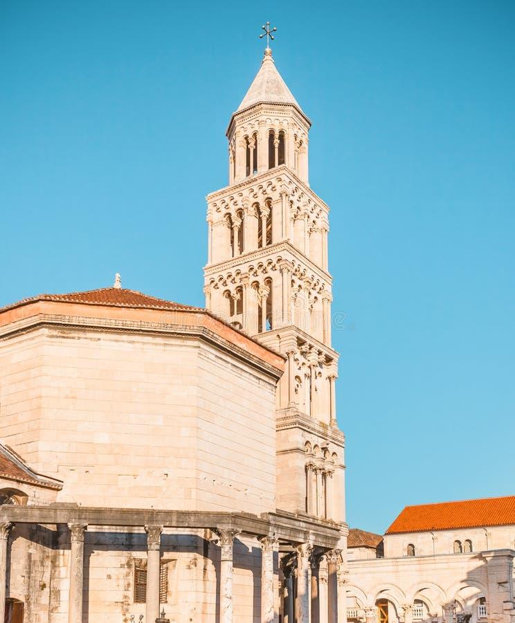 Αρχαίο παλάτι που χτίζεται για το ρωμαϊκό αυτοκράτορα Diocletian - διάσπαση, Κροατία στοκ εικόνες με δικαίωμα ελεύθερης χρήσης