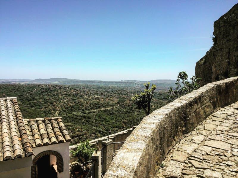 Αρχαίο φρούριο στο βουνό στοκ εικόνες με δικαίωμα ελεύθερης χρήσης