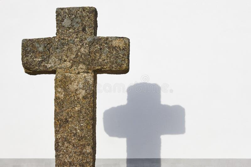 Αρχαίο χριστιανικό υπόβαθρο τοίχων πετρών διαγώνιο και άσπρο Copyspa στοκ φωτογραφίες