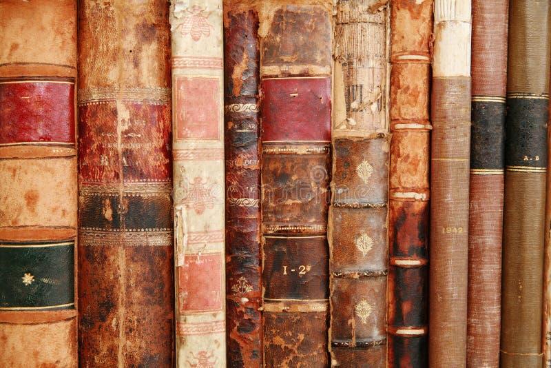 Αρχαίο Bookds στοκ εικόνες με δικαίωμα ελεύθερης χρήσης