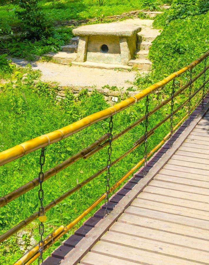 αρχαίο dolmen στοκ φωτογραφία με δικαίωμα ελεύθερης χρήσης