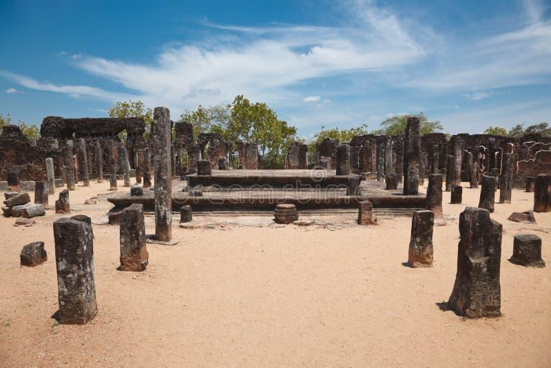 αρχαίο sri καταστροφών polonnaruwa lanka πό&lamb στοκ εικόνες