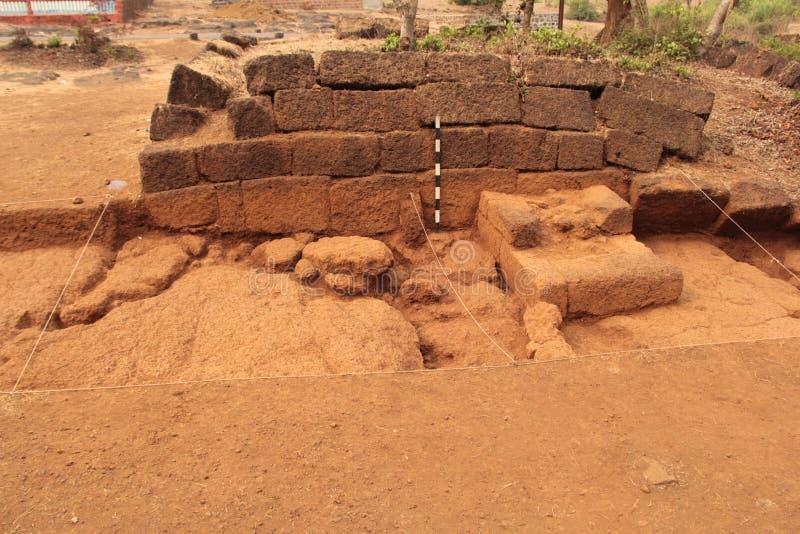 Αρχαιολογική τάφρος ανασκαφής στοκ φωτογραφία με δικαίωμα ελεύθερης χρήσης